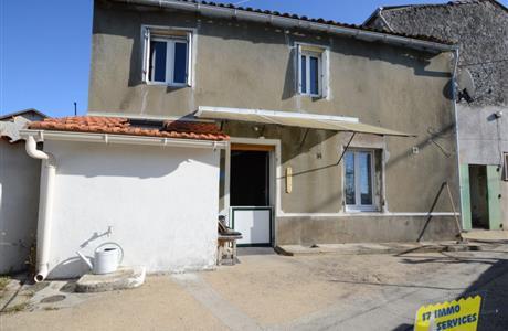 Saintes rive droite, ensemble immobilier à rénover