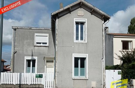Saintes rive gauche immeuble de rapport trois appartements